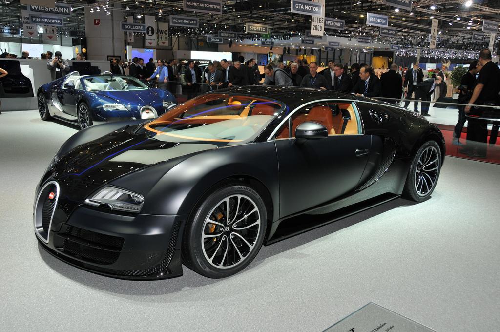 RH Bugatti Veyron screen shot
